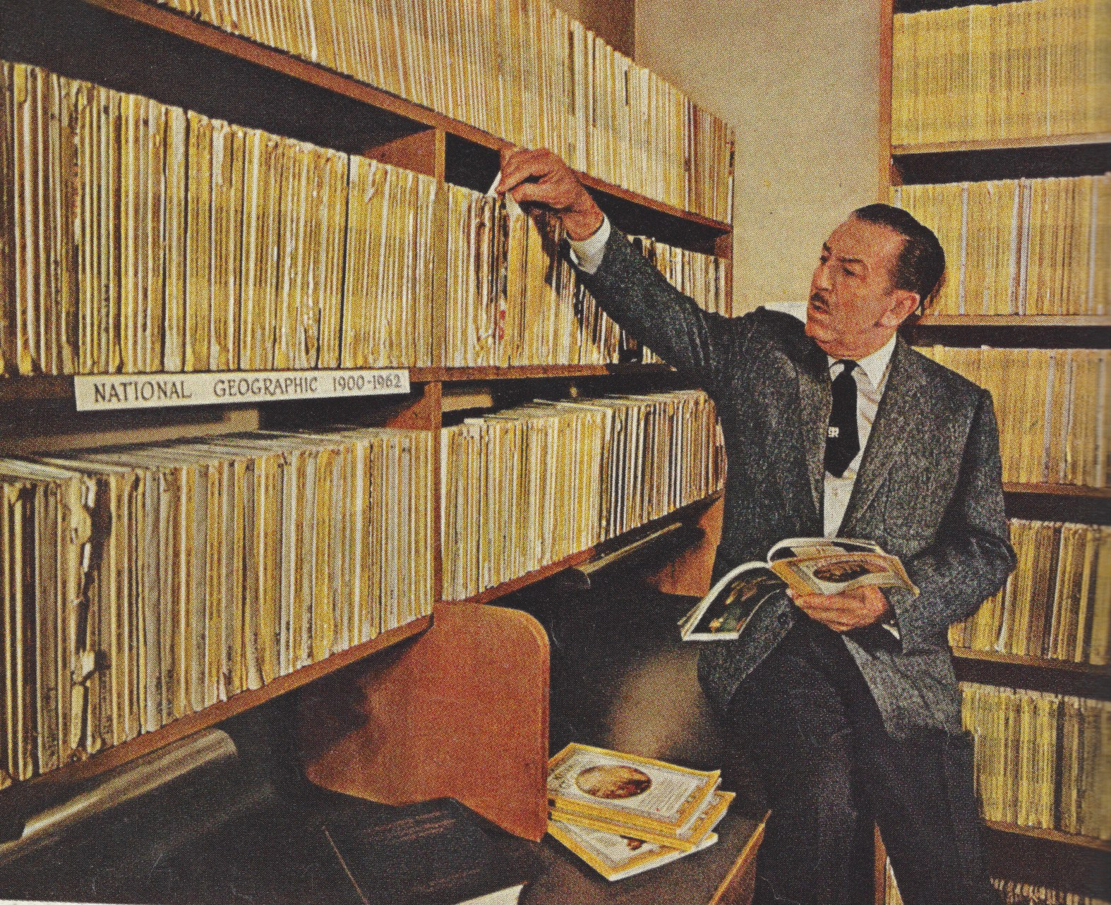 Walt Disney's National Geographic Library